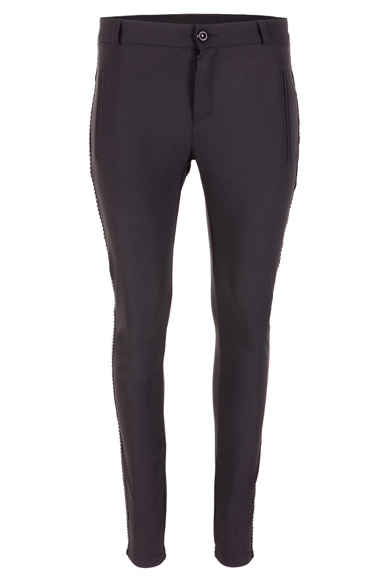 Skinny broek met lederen studs aan de zijnaad.