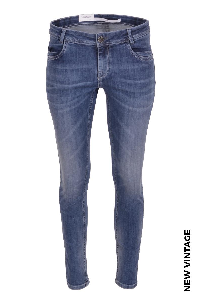 Skinny broek met steekzakken en in verschillende wassingen